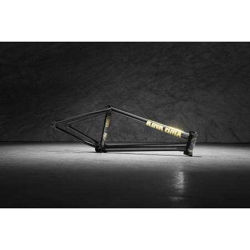 KINK Contender 20.75 black frame